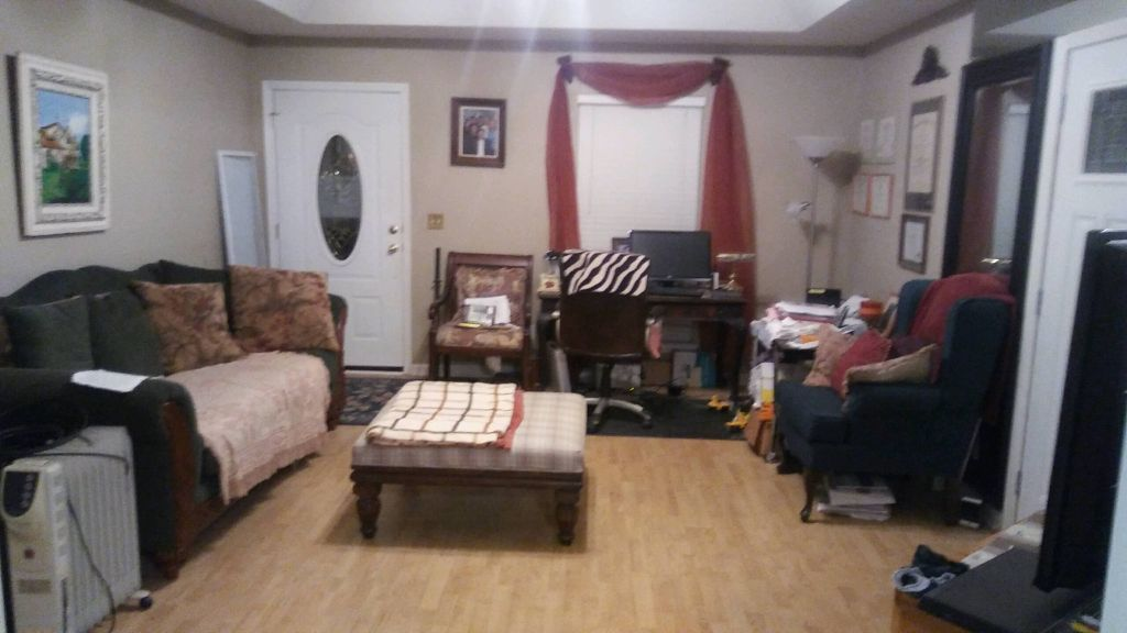 Rooms for rent in beautiful private neighborhood