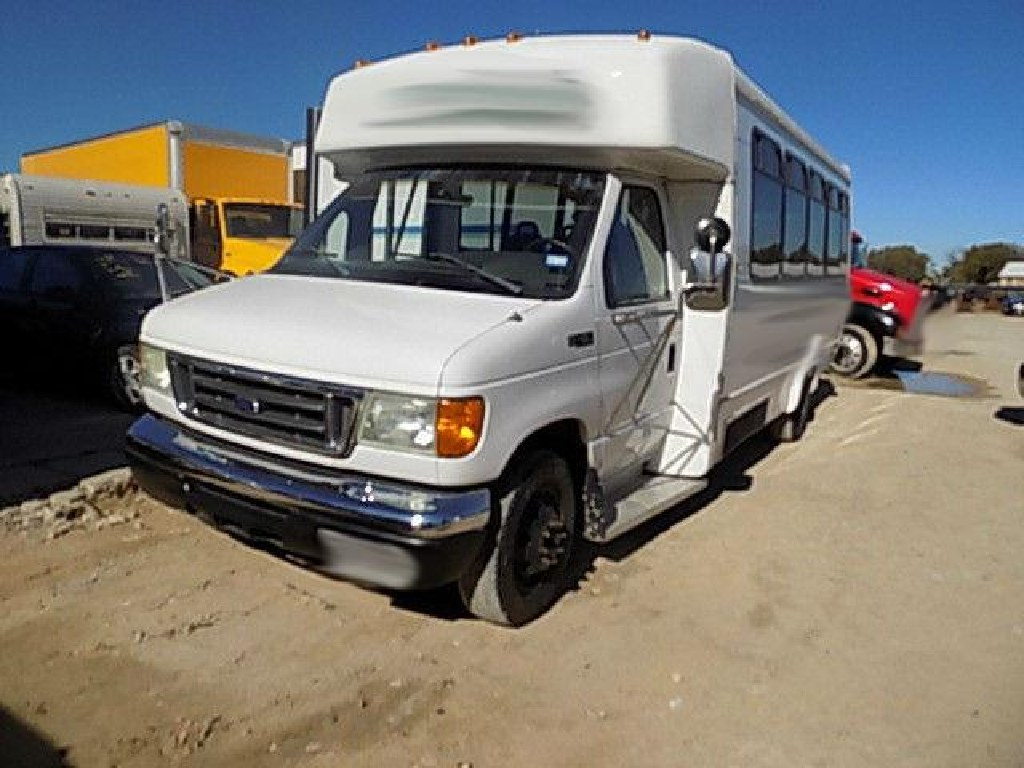 2005 Ford E450 Shuttle Bus RTR#6113280-01