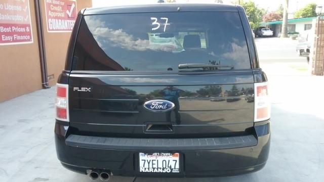 2010 Ford Flex 4dr SE FWD