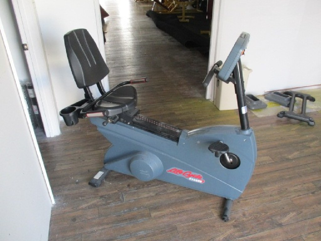 Life Fitness 9500HR Recumbent Bike RTR#7073241-08,09