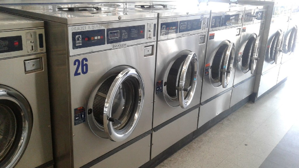 Coin Operated Dexter T600 FrontLoad Washer 220-240v 3PH Stainless Steel WCN40ABSS Used