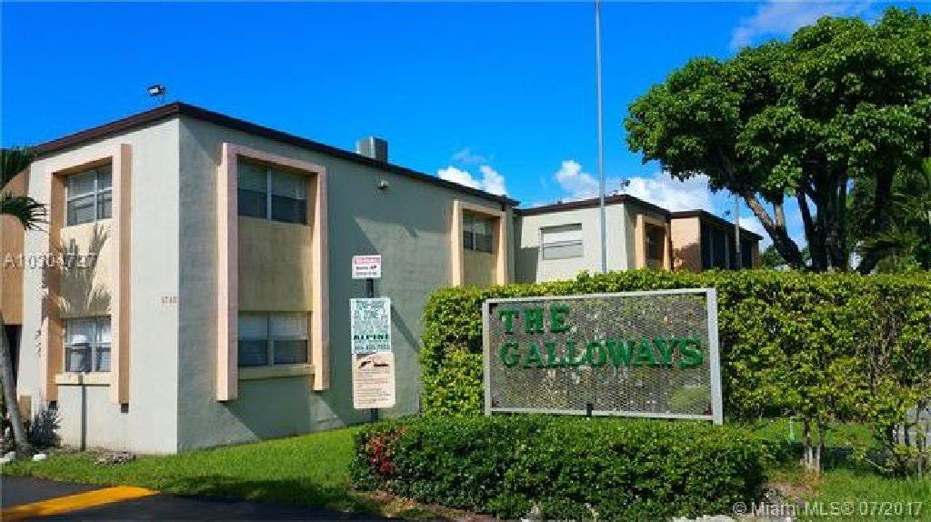 CASH ONLY, NOT SUBJECT TO APPRAISAL. Great one bedroom corner unit condo centrally located!!!