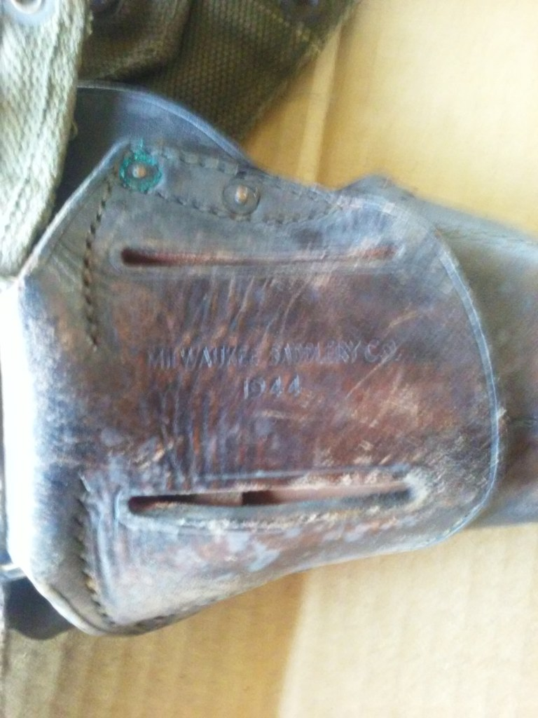 WW2 US MILITARY HOLSTER AND MUNITIONS BELT