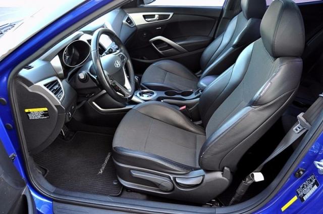 2013 Hyundai Veloster - Panoramic Moonroof