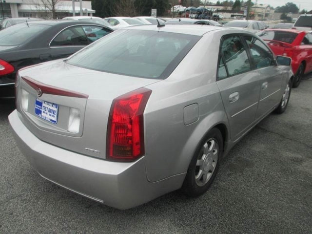 2005 Cadillac CTS Base 2.8 4dr Sedan