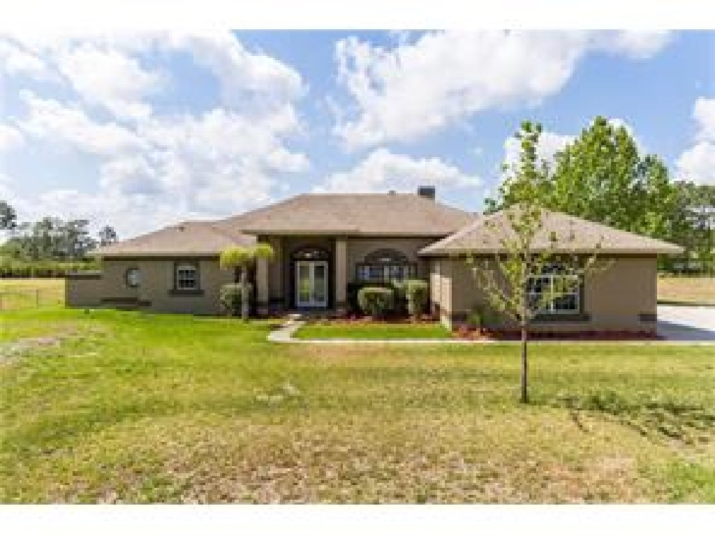 Home with Many Attractions and Affordable HOA.