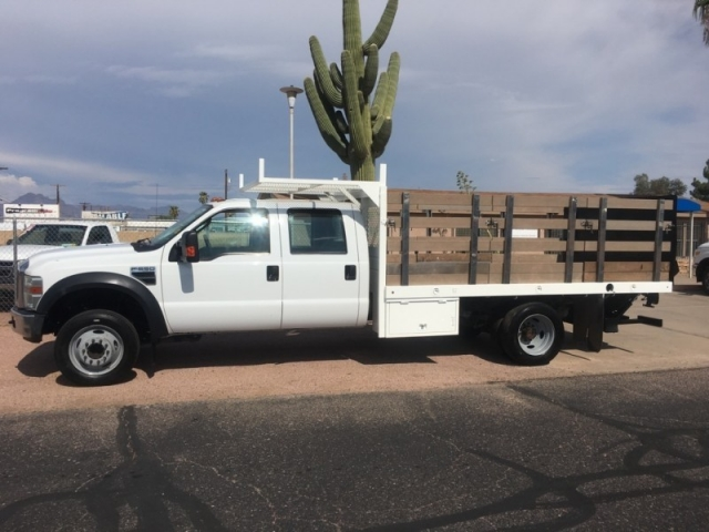 2008 Ford Super Duty F-550 DRW 2WD Crew Cab CA XL