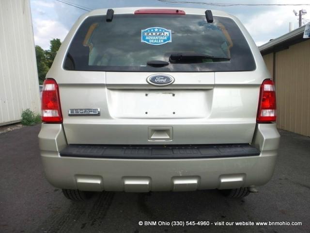 2011 Ford Escape FWD 4dr XLS