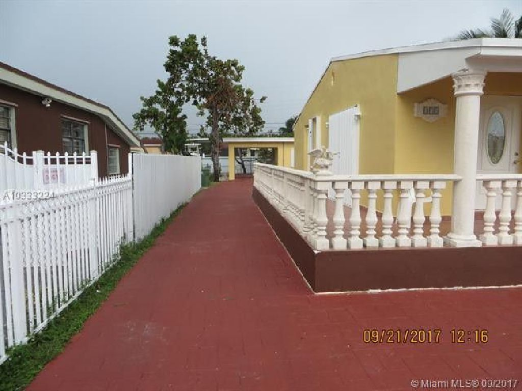 Excellent Property and Excellent area!! Centrally located!!!