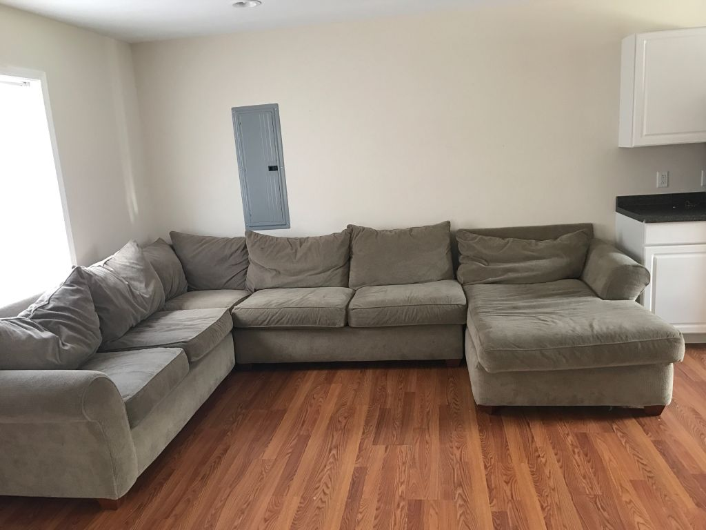 SUBLEASE IN HOUSE ON WILLEY ST AVAILABLE DECEMBER 1ST