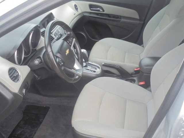 2012 Chevrolet Cruze 4dr Sdn LT w/1LT