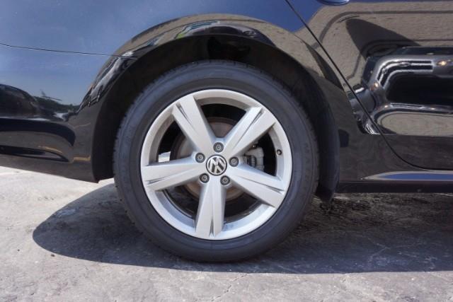 2014 Volkswagen Passat 1.8T SE AT PZEV