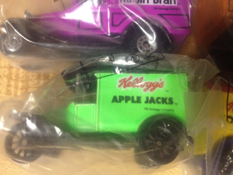 Matchbox - Kelloggs Delivery trucks (set of 4)