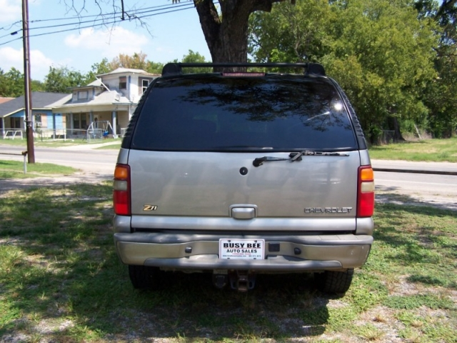 2002 Chevrolet Suburban 4dr 1500 4WD Z71 Off Road
