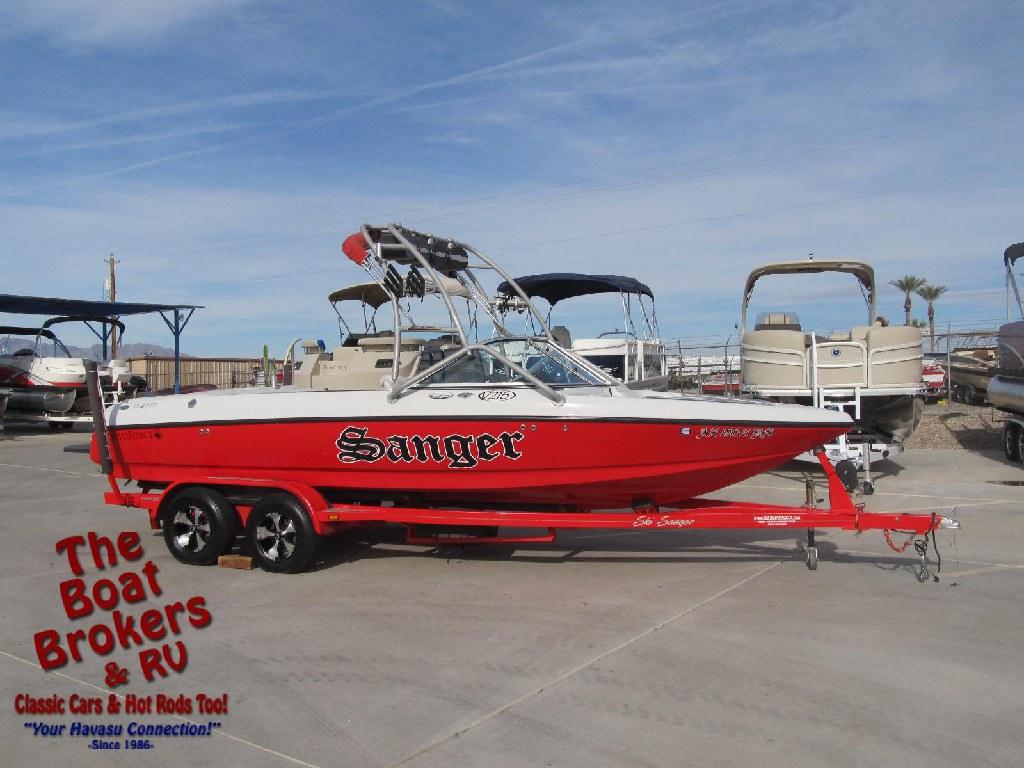 2005 Sanger SV215 Ski Boat 21'