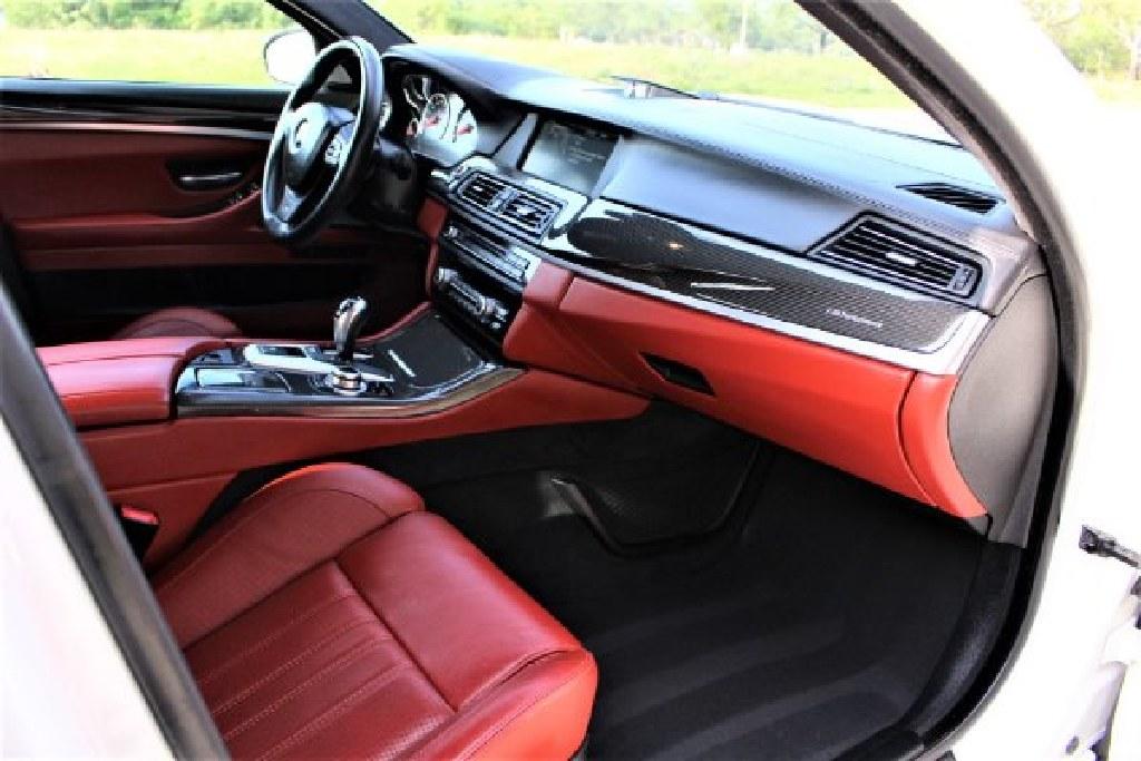 *** 2013 BMW M5 ***