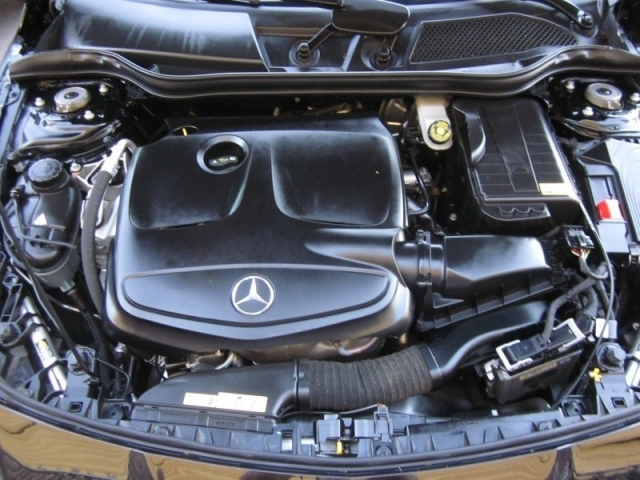 2014 Mercedes-Benz CLA-Class 4dr Sdn CLA 250 FWD