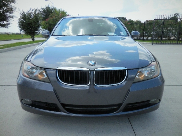 2006 BMW 3-Series 325i 4dr Sdn RWD South Africa