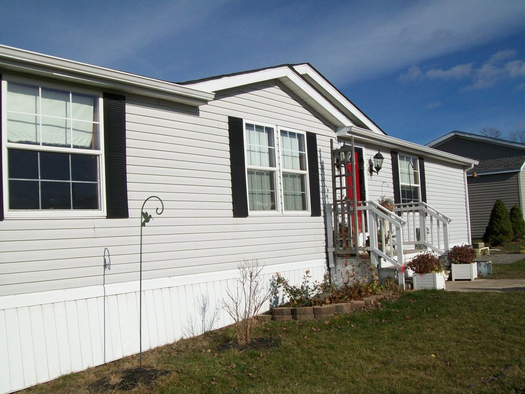Manufactured Homes For Rent. All Credit Considered. Only $750/Month!