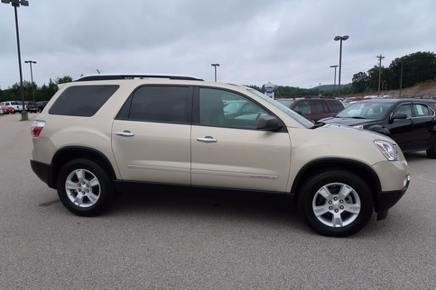 2008 GMC Acadia SLE FWD FULLY LOADED LOW MILES GREAT CARFAX