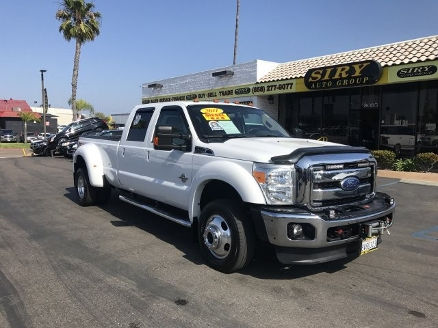 2011 Ford Super Duty F-450 DRW Lariat