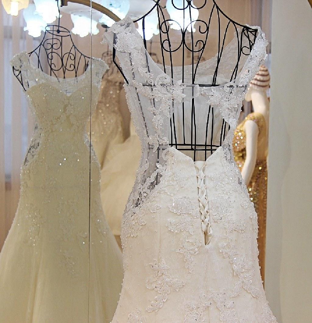 Lilly's Lace Mermaid Keyhole Back Wedding Dress