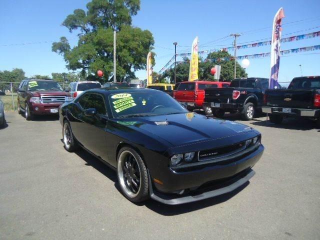 2014 Dodge Challenger R/T Plus 2dr Coupe