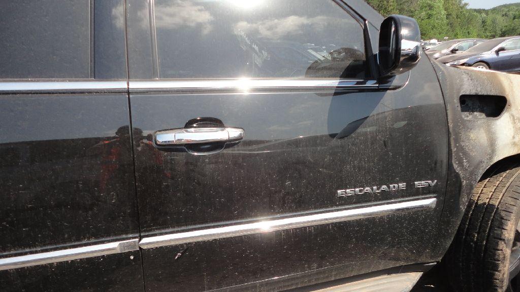 PARTING OUT 2010 CADILLAC ESCALAD ESV BLACK WITH BLACK INTERIOR