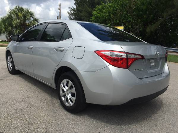 ** 2015 TOYOTA COROLLA MINT CONDITION **