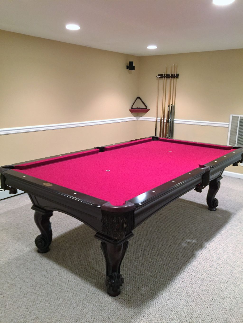 Olhausen 8' Pool Table like new