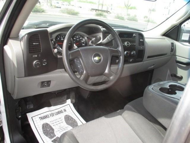 2013 Chevrolet Silverado 3500HD 2WD Reg Cab Flat Bed