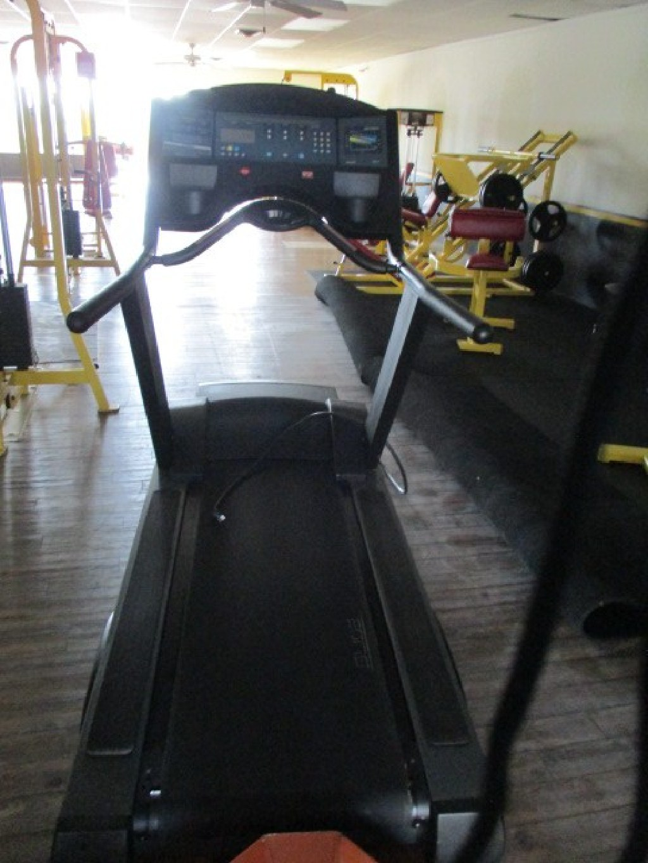 Life Fitness 9500HR Treadmill RTR#7073241-01-04