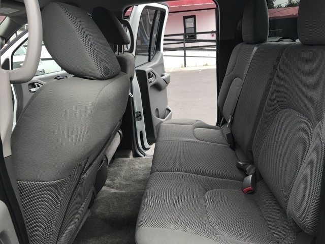 2013 Nissan Frontier S