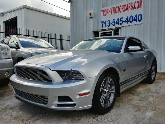 2014 Ford Mustang 2dr Cpe V6 Premium