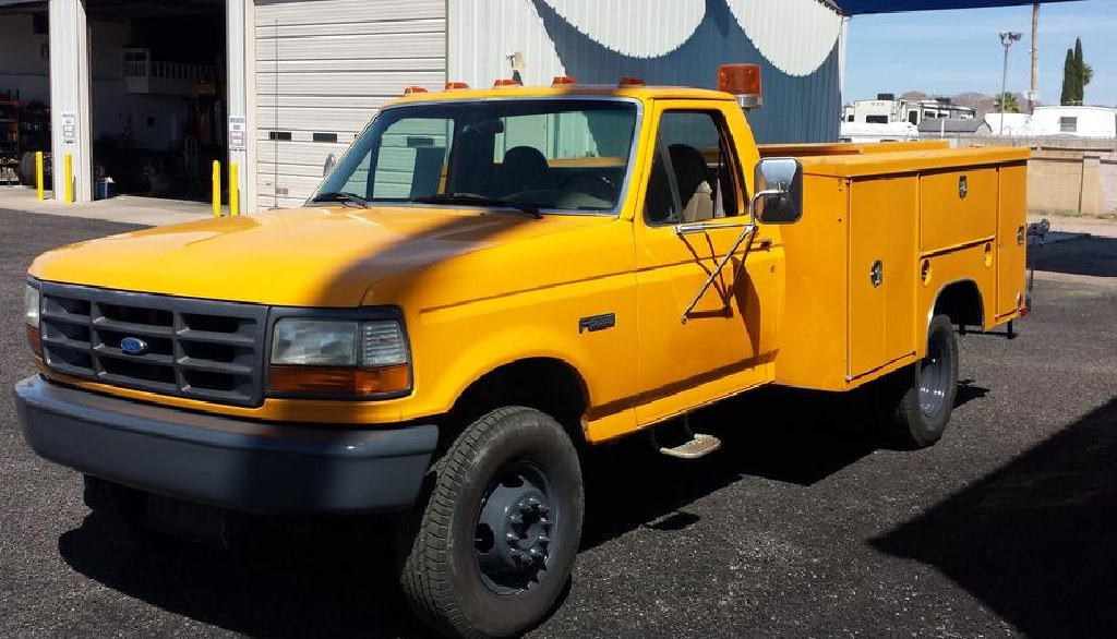 1997 F-450 Enclosed Utility Bed 64 K Miles