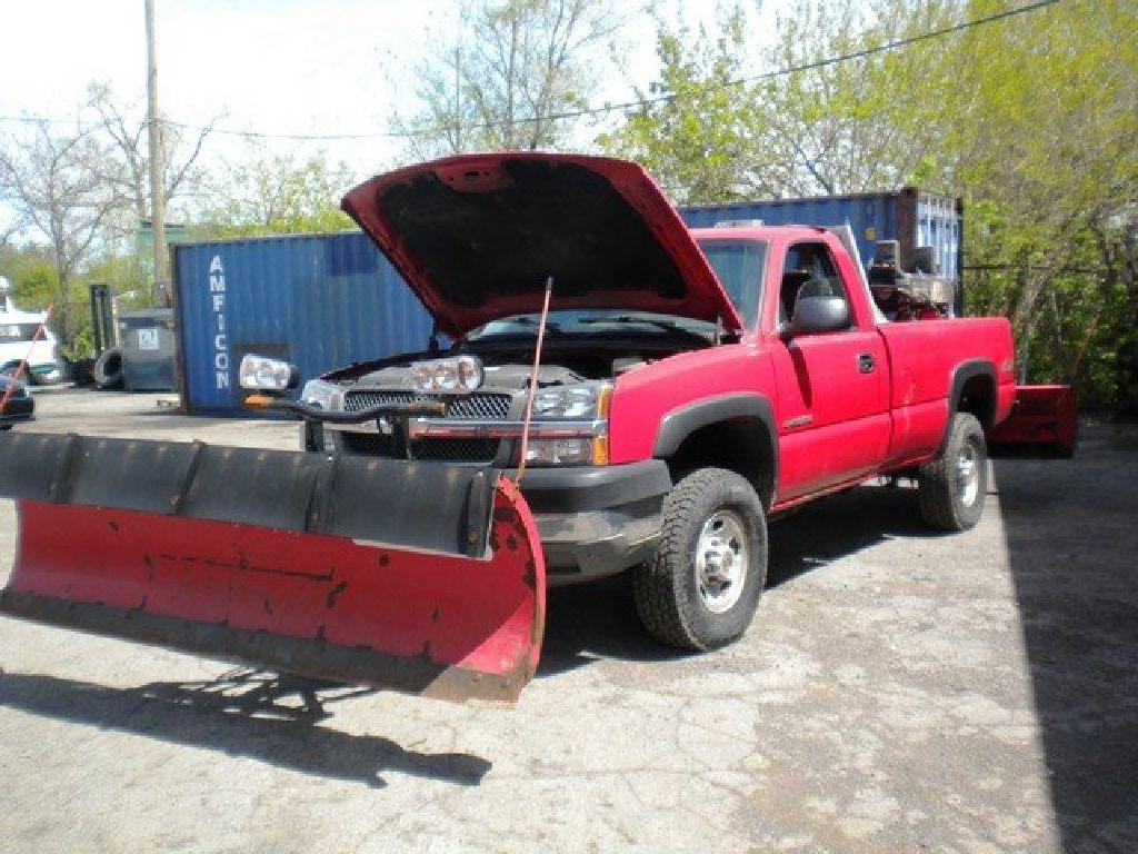 2004 Snow Plow Truck: 2004 Chevrolet 2500HD RTR#7043951-01