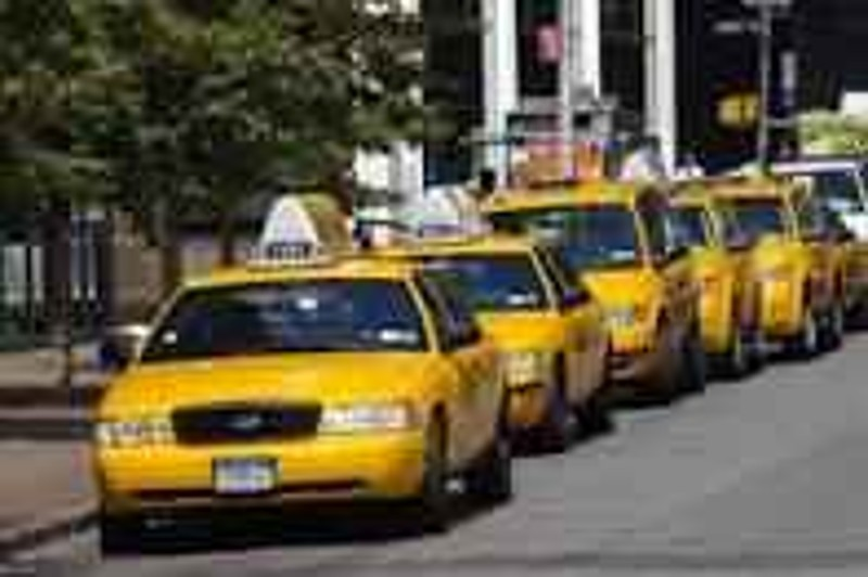 taxis en espanol en lewisville , tx 972 589 9994 & 469 563 3252 dfw metroplex