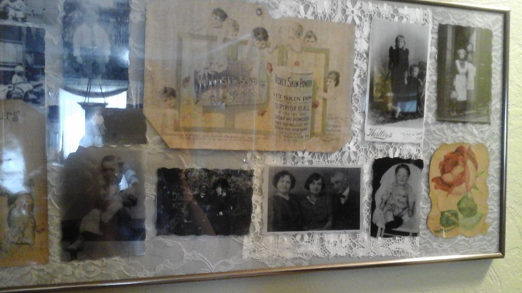Vintage /Antique  Advertisement  Ads  With Vintage Black and White  Photos