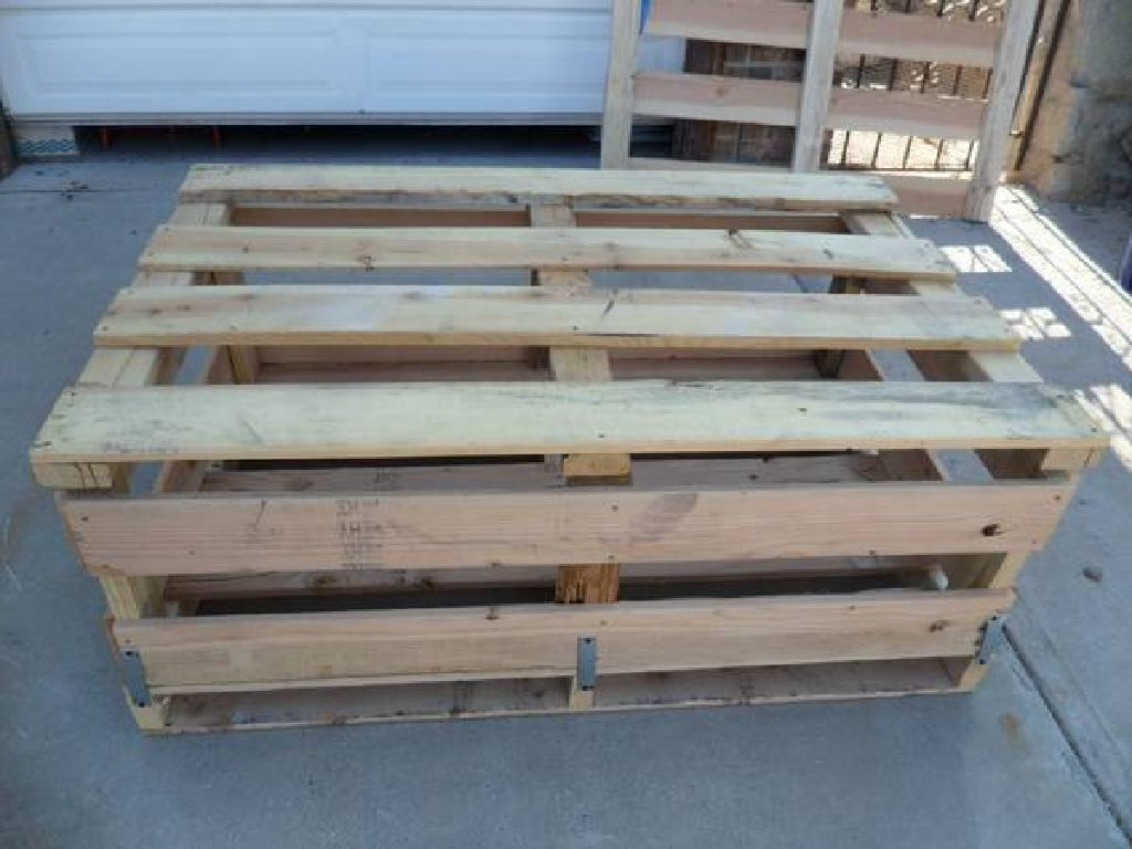 LARGE HEAVY-DUTY WOOD CRATES FOR SALE