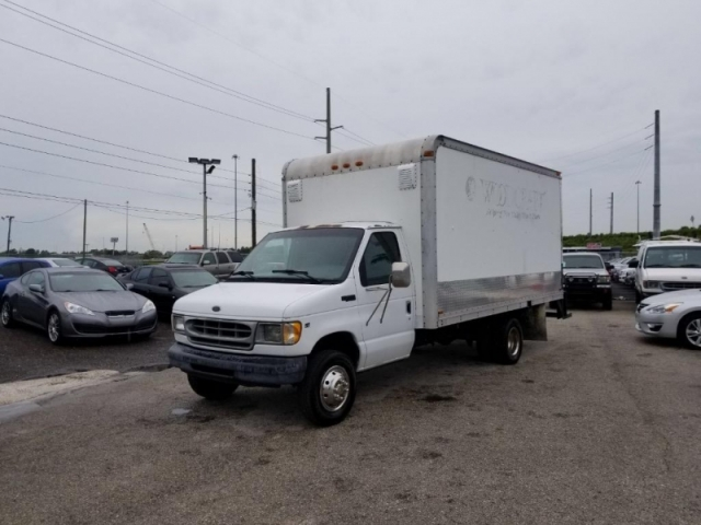 2000 Ford Commercial Vans E350