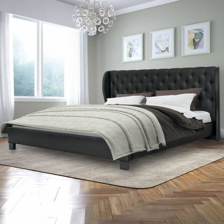 Tufted Leather Bed - Queen/King