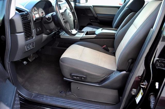 2009 Nissan Titan PRO-4X 4WD