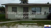 UNDER $700** 2 BEDROOM 1 BATHROOM FRESHLY PAINTED UNIT! WITH A/C WINDOW UNITS!