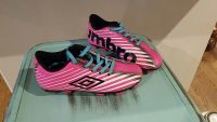 Girl's Umbro soccer cleats. Size 9. Barely used.
