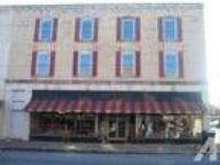 2000ft - HISTORIC DOWNTOWN MADISON...RETAIL OR OFFICE..GLASS FR