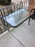 Glass retractable table