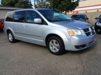2010 Dodge Grand Caravan SXT 4dr Mini Van