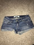 Women s Abercrombie shorts size 0 great condition