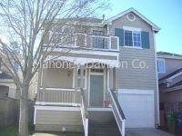 2 bdrm + loft/2.5 baths, 1232 sf in McNear Landing. private flagstone patio, 1-car gar, new carpet