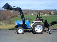 $2,150, Diesel Ford 1720 4x4 backhoe loader low hours